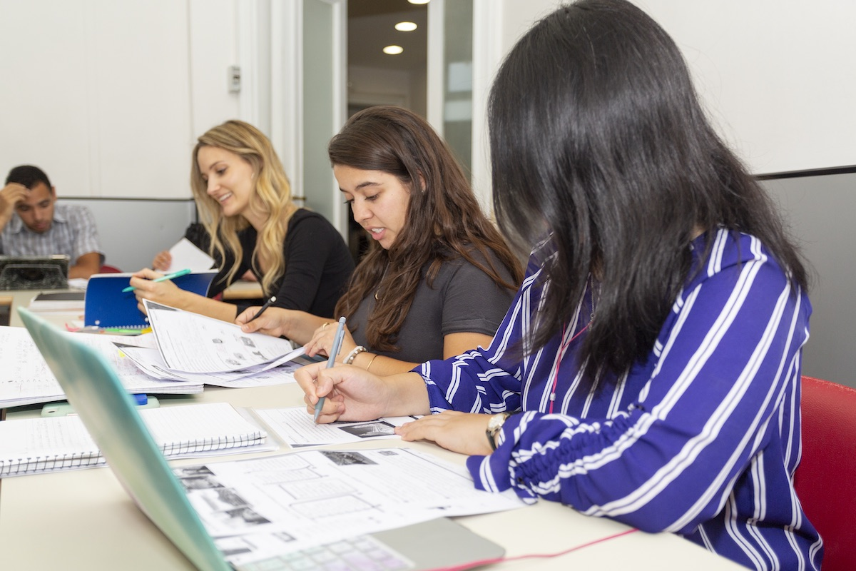 Italian language Group Courses for Foreigners in Rome